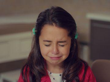 """La desgarradora súplica de Öykü al doctor: """"No se lo diga a mi padre, por favor"""""""