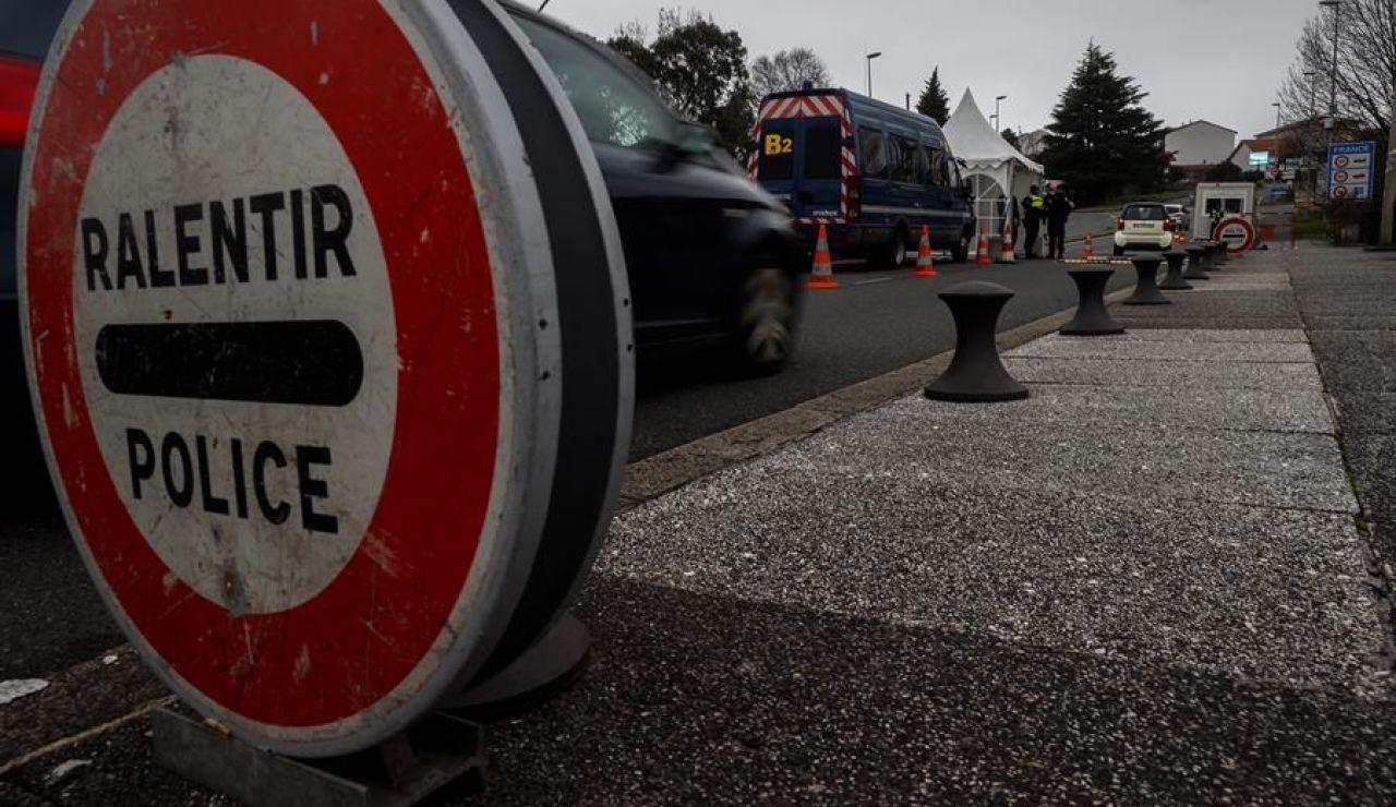 Francia pide una PCR negativa de coronavirus para entrar desde España por carretera