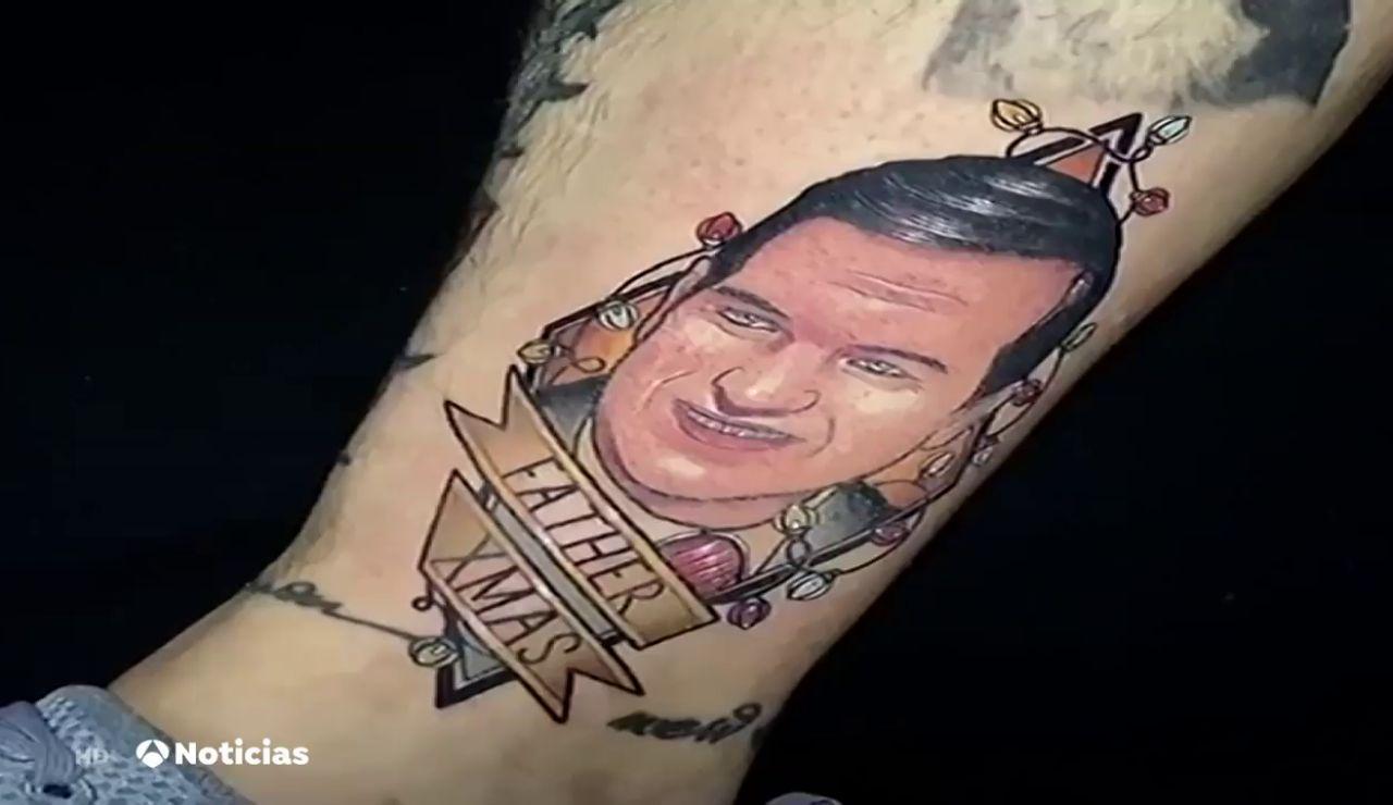 Un joven vigués se tatúa en la pierna la cara del alcalde de Vigo