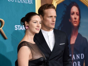 Caitriona Balfe y Sam Heughan, protagonistas de 'Outlander'