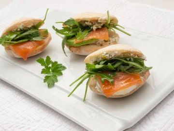 Pan de pita con salmón: un bocado impresionante