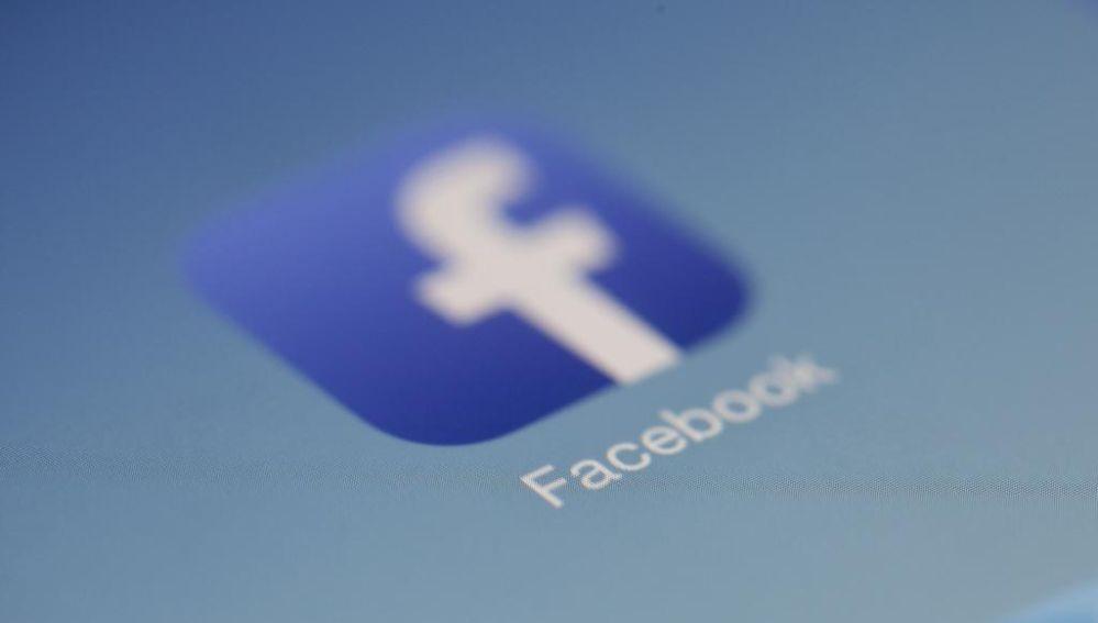 Facebook desafía a Australia con un apagón informativo por la ley que le obliga a pagar a los medios