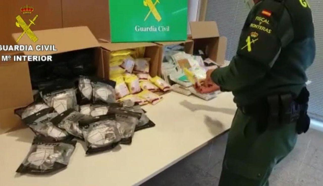 2.000 mascarillas ilegales listas para su venta