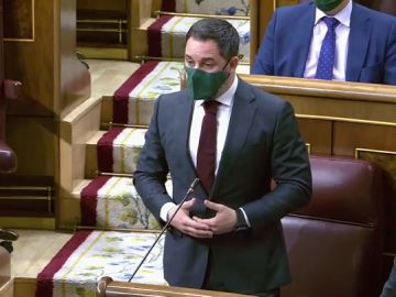"""Los piropos de Sánchez a Abascal frente a Casado: """"A veces tienen más visión de Estado"""""""