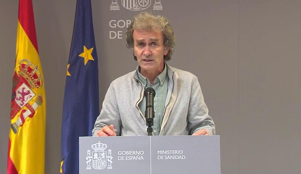 """Fernando Simón afirma que las cifras de fallecidos """"seguirán aumentando durante los próximos días"""""""