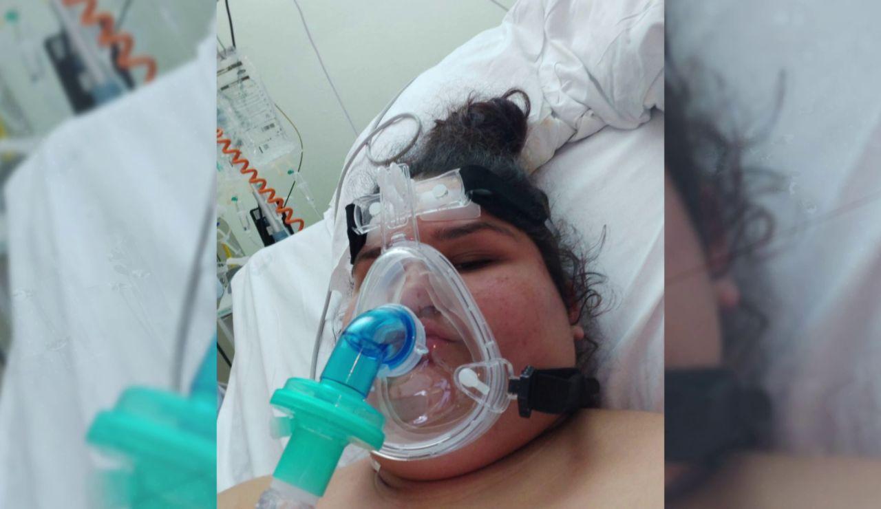 María, de 14 años, ingresó en la UCI por coronavirus