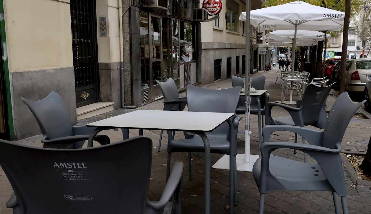 Terraza de un bar de la zona de Guzmán El Bueno (Madrid)