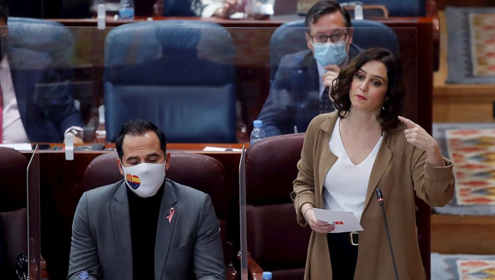 Isabel Díaz Ayuso en el pleno de la Asamblea de Madrid
