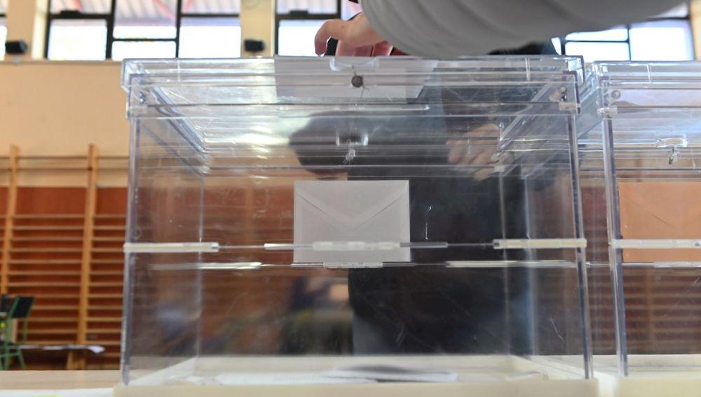 Urnas por las elecciones de Cataluña 2021