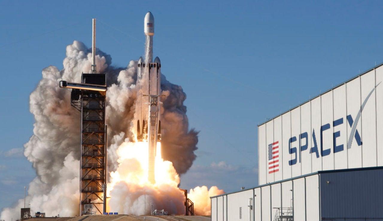 Efemérides de hoy 6 de febrero 2021: Falcon Heavy Space X