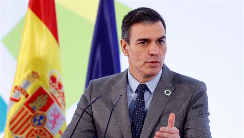 """Pedro Sánchez llama a concentrar todos """"los votos de izquierda"""" en Salvador Illa"""
