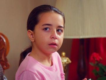 Demir recibe un inesperado y duro golpe de Öykü en la visita de los Servicios Sociales