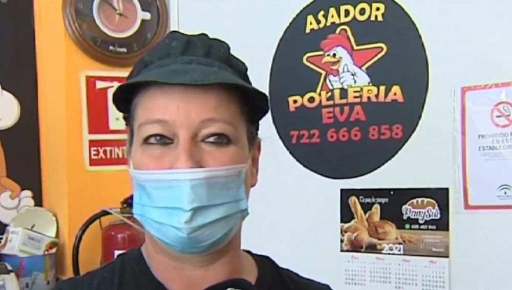 Eva, dueña de un asador en Algeciras.