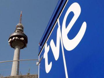Imagen de la torre 'Pirulí' de RTVE