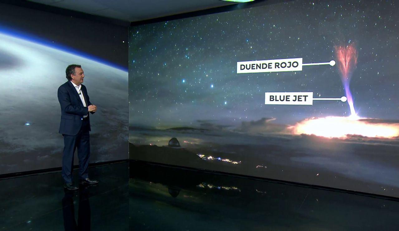 El 'blue jet' y el 'duende rojo', los fenómenos espaciales captados por el observatorio de Hawai