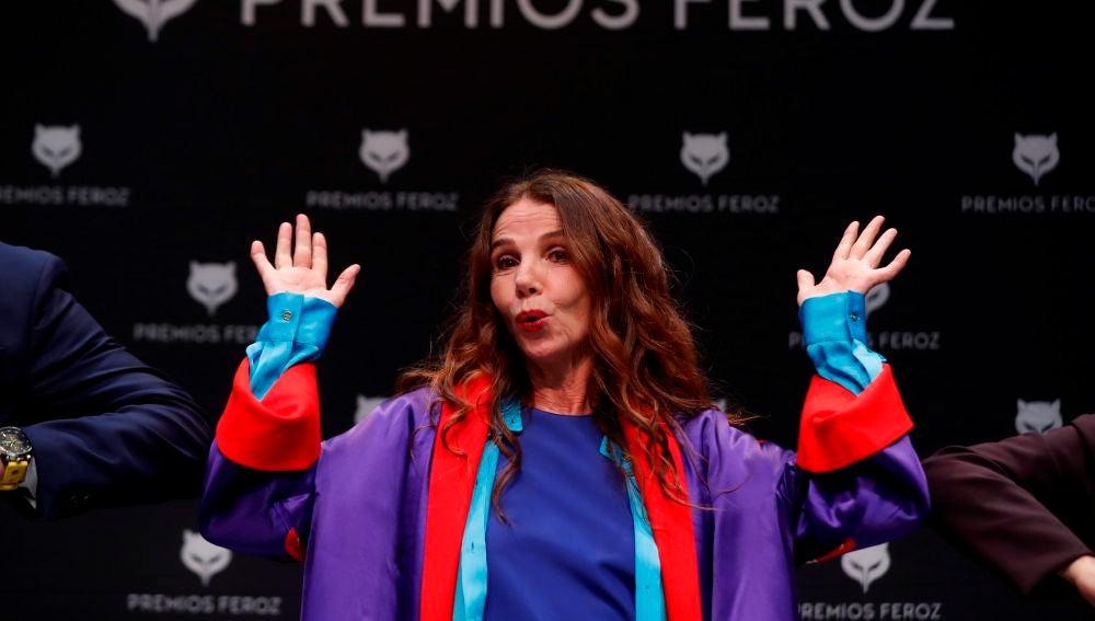 La actriz Victoria Abril al recibir el Premio Feroz de Honor de 2021