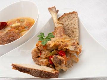 Recetas Karlos Arguiñano: ajo carretero, un plato tradicional de la cocina Pinariega
