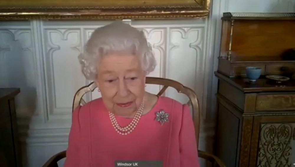 Isabel II de Inglaterra anima a los británicos a vacunarse