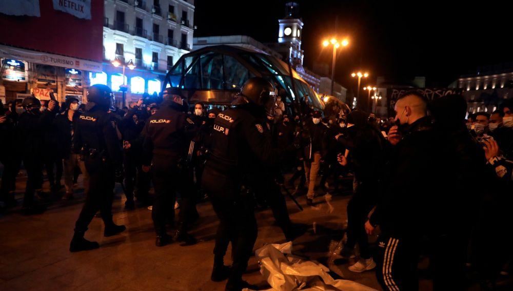 Disturbios durante una manifestación por Hasél en Madrid.