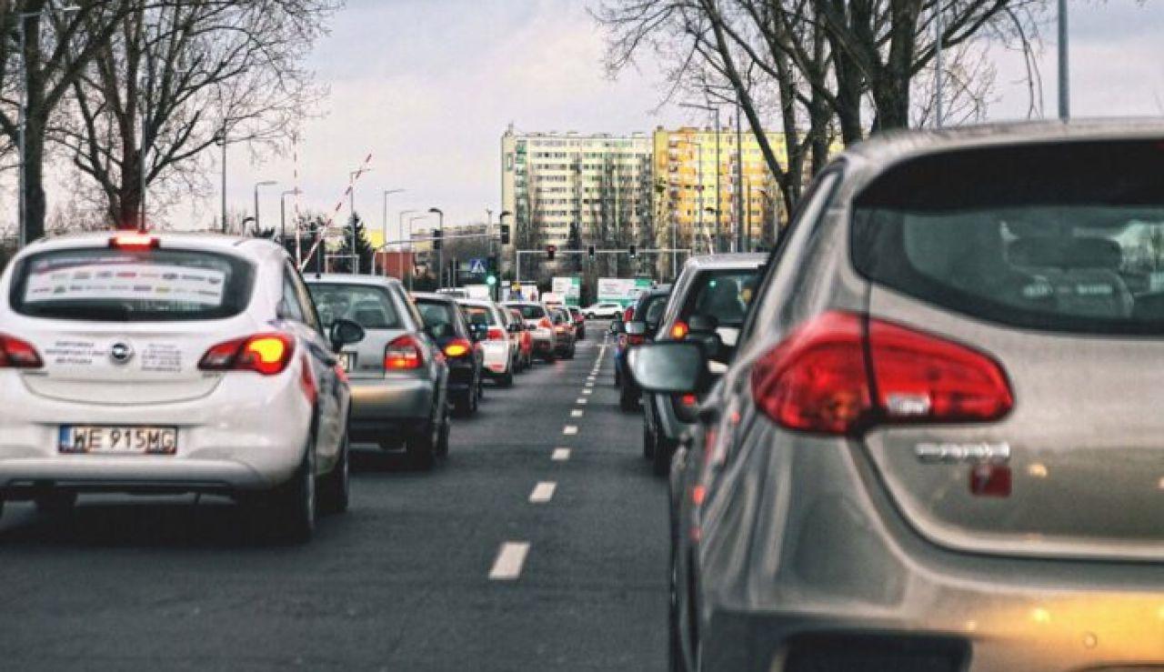 Vehículos en una ciudad