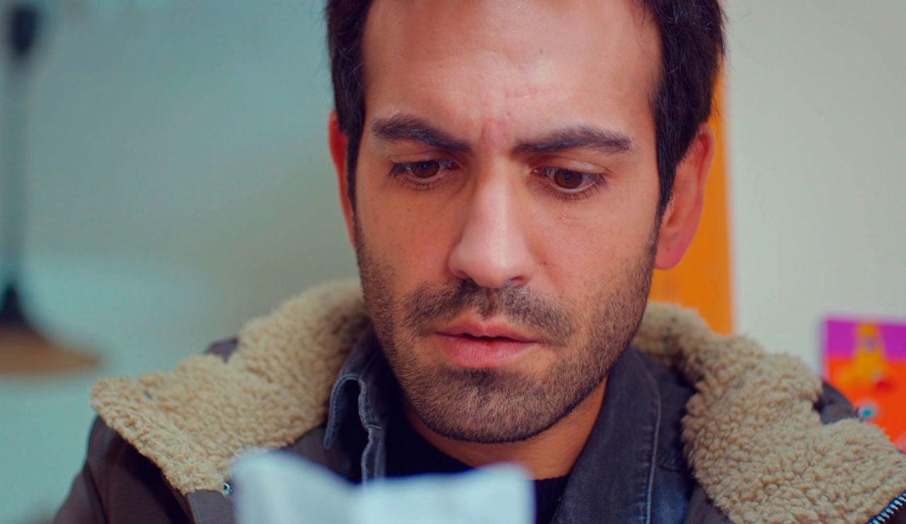 Öykü entrega la carta secreta de su abuelo a Demir