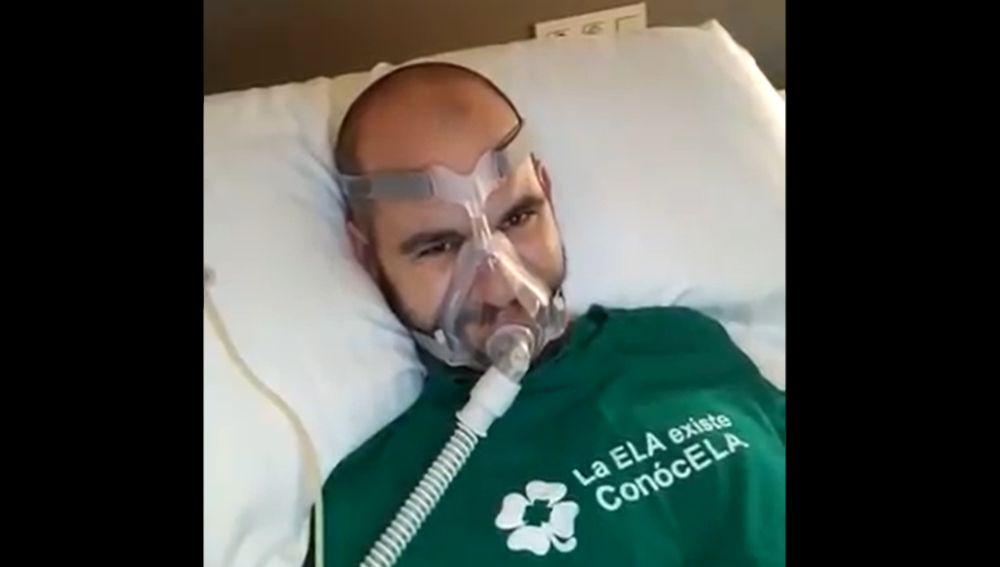 """Jordi Sabaté, el enfermo de ELA al que Pedro Sánchez prometió ayuda, explota un año después: """"Mentiroso"""""""