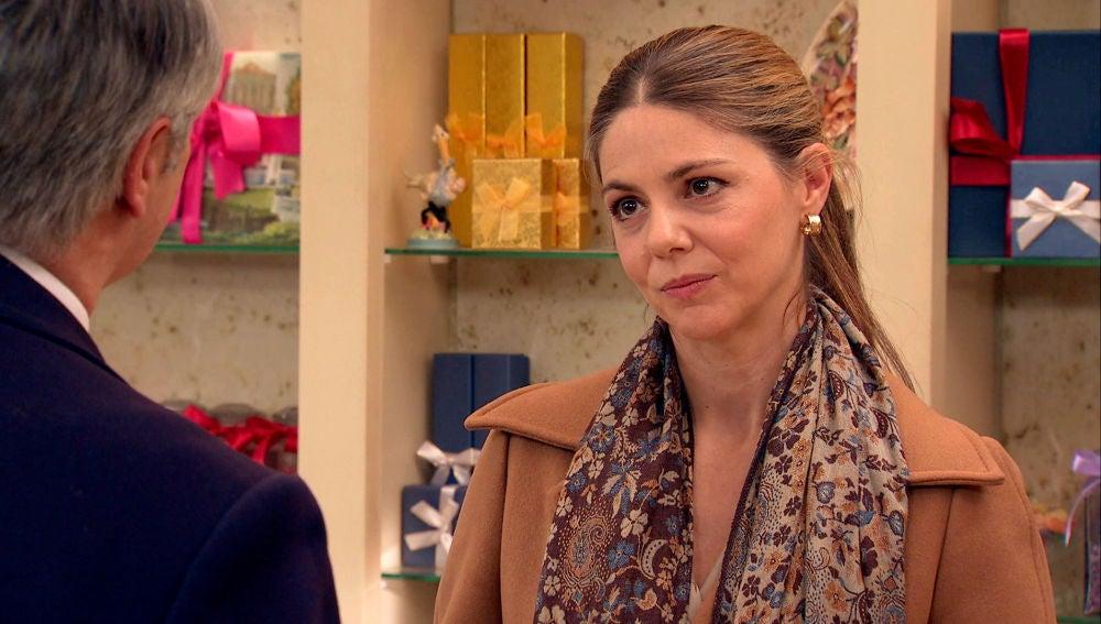 Maica, incómoda ante la insistencia de Juan por recuperar su matrimonio