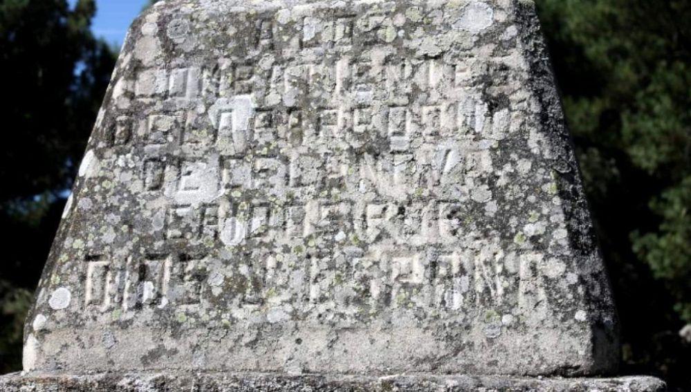 Campaña de firmas para retirar un monumento falangista en Celanova, Ourense