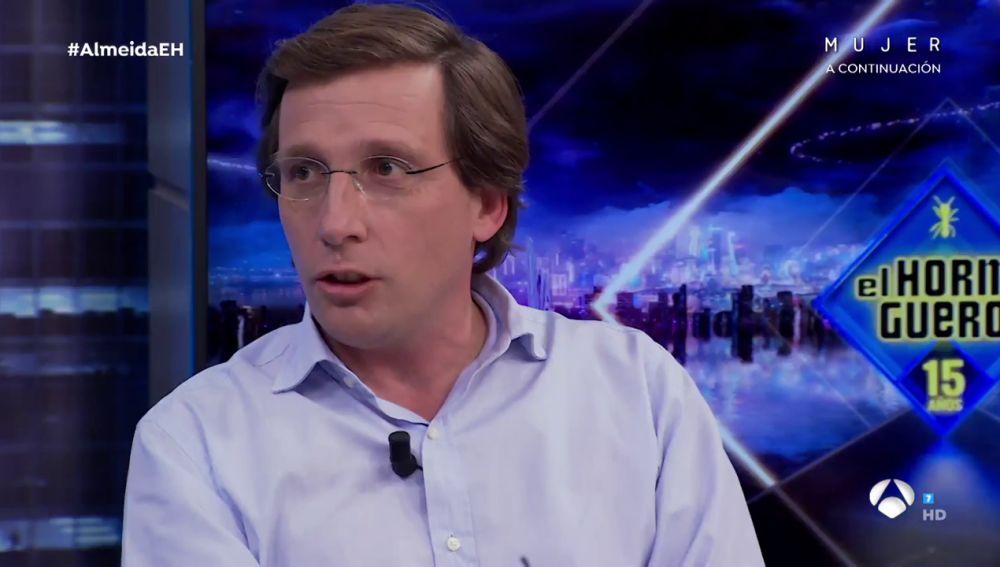José Luis Martínez-Almeida sorprende en 'El Hormiguero' recitando de memoria y a toda velocidad la Constitución