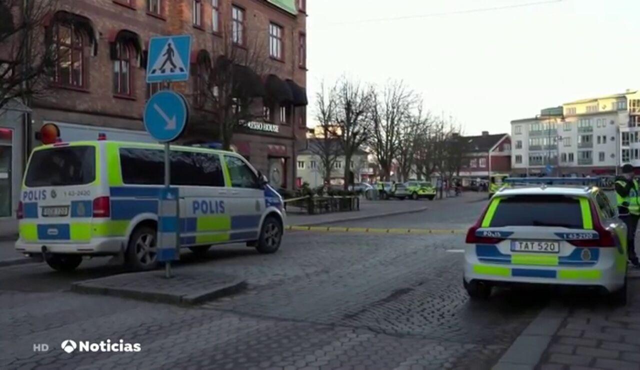 """Al menos 8 heridos tras ser apuñalados en Suecia en un ataque que se investiga como """"terrorista"""""""