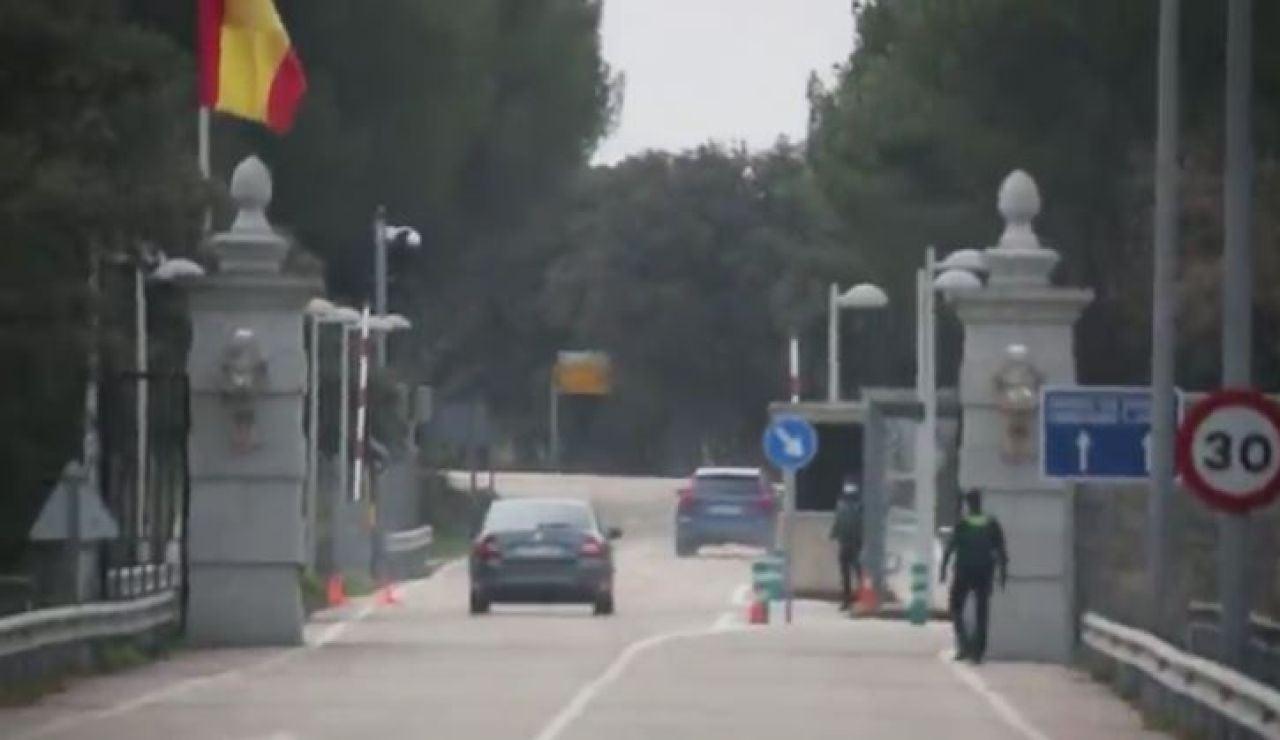 Infanta Elena entrando a Zarzuela