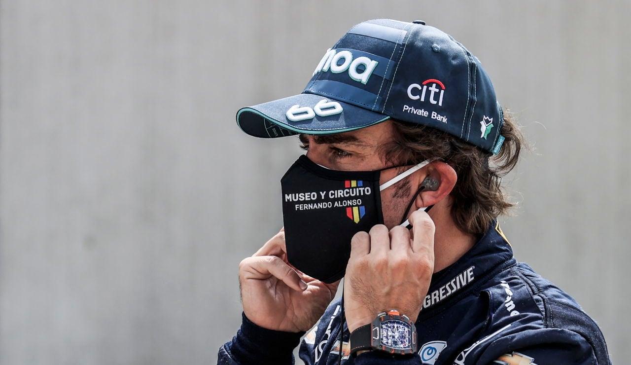 """Fernando Alonso lanza un aviso: """"Soy un piloto más completo que hace dos años"""""""