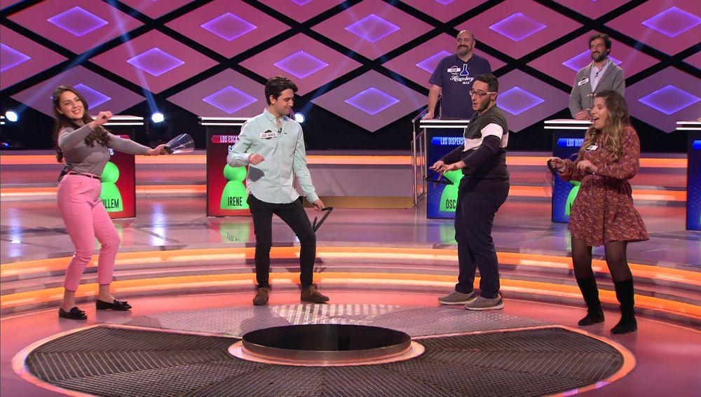 ¡Con mucho ritmo! Así han bailado 'Los escarlata' al ritmo de Shakira en '¡Boom!'