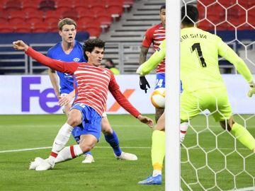 El Granada sigue haciendo historia y pasa a cuartos de la Europa League pese a perder ante el Molde