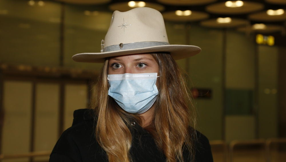 Anita Matamoros a su llegada al aeropuerto