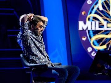 ¡Qué tensión! La lucha contrarreloj de Antonio Garrido por los  30.000 euros en '¿Quién quiere ser millonario?'