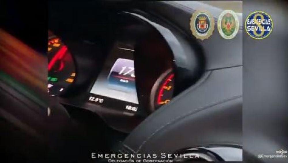 Identifican a una joven por exceder el límite de velocidad en Sevilla porque subió el vídeo a redes sociales