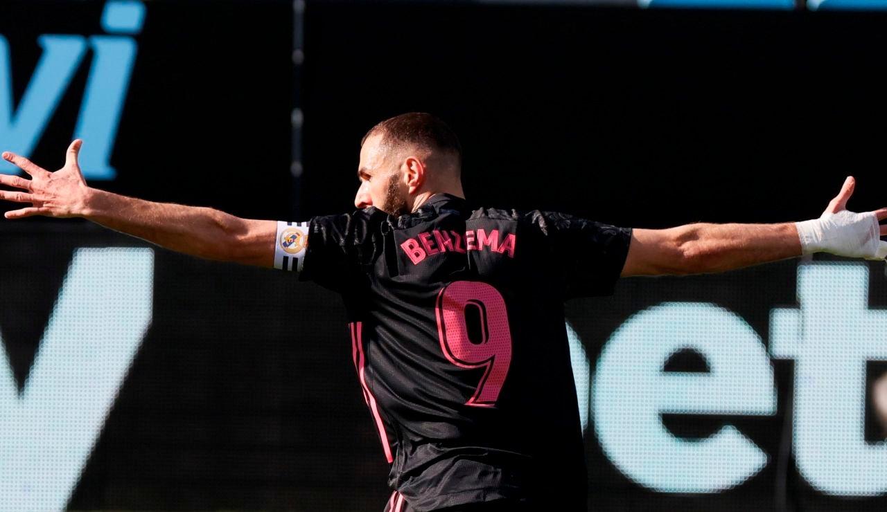 Benzema celebra un gol ante el Celta de Vigo