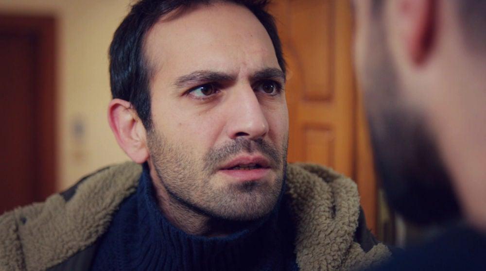 """""""¿Y si Öykü no es tu verdadera hija?"""": Cemal siembra la duda en Demir"""