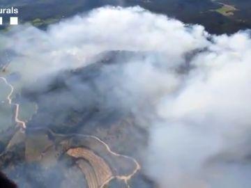 Continúa descontrolado un incendio en Tarragona provocado por una quema agrícola y que ya ha quemado 30 hectáreas