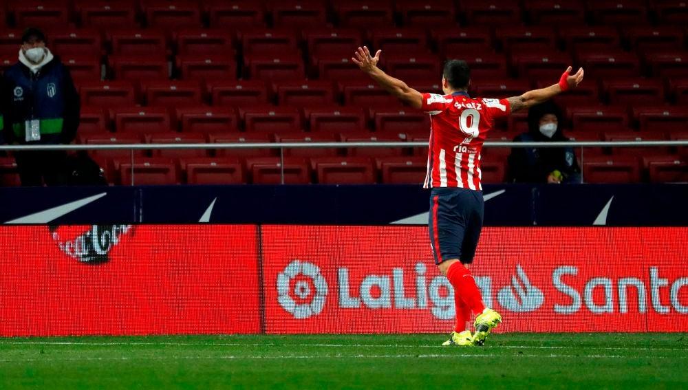 Suárez celebra el gol contra el Alavés