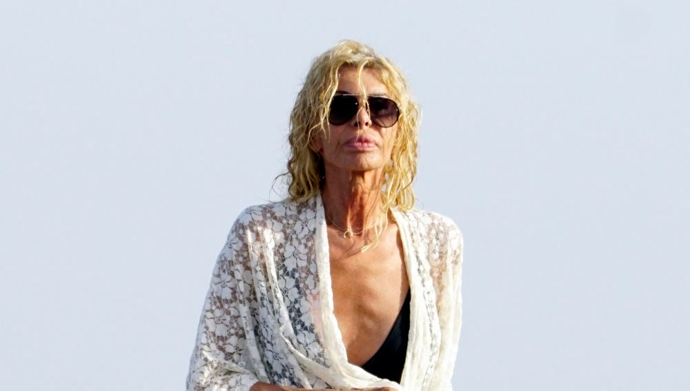 Bibiana Fernández, fotografiada en la playa