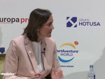 """Reyes Maroto defiende el rescate a la aerolínea Plus Ultra por 53 millones de euros: """"Es necesario y muy riguroso"""""""