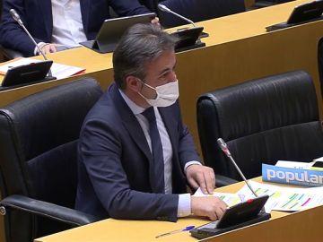 """Diego Movellán, del PP, a Yolanda Díaz: """"Ahí dentro las mujeres sólo suben de escalafón si se agarran bien fuerte a la coleta"""""""