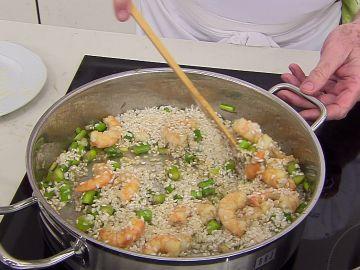 Karlos Arguiñano: la medida exacta de arroz y caldo por persona