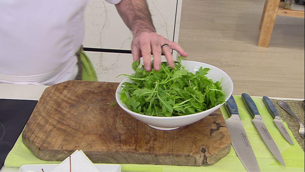 """Karlos Arguiñano: la ensalada que """"mejor va con las carnes grasas"""""""