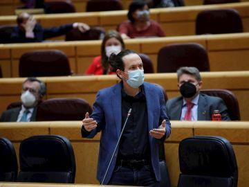 El vicepresidente segundo del Gobierno, Pablo Iglesias, interviene durante la sesión de control al Gobierno