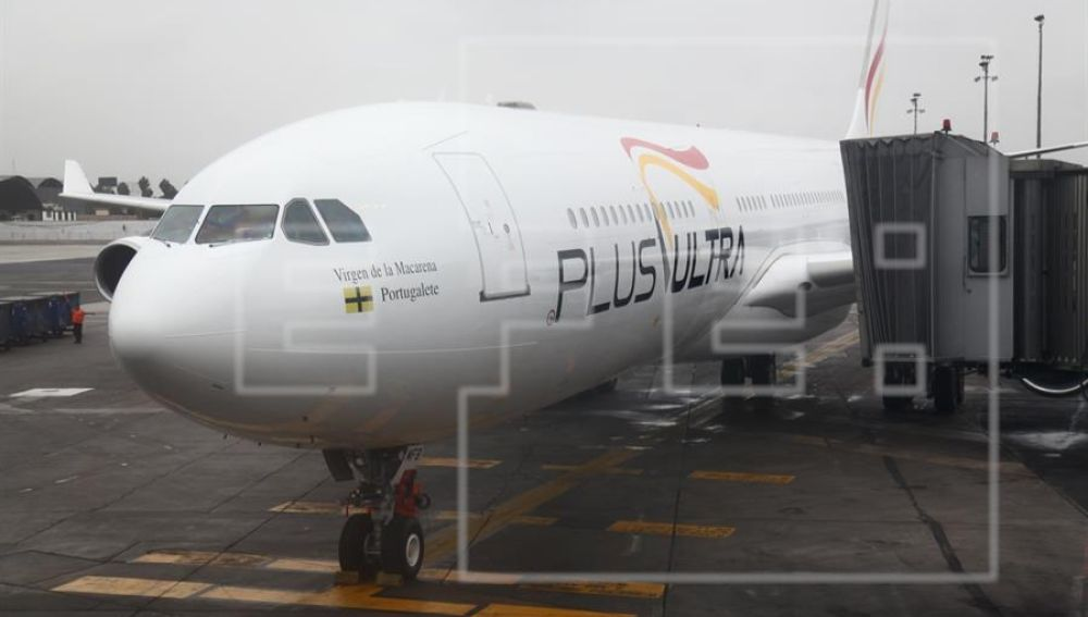 n avión de la aerolínea española Plus Ultra