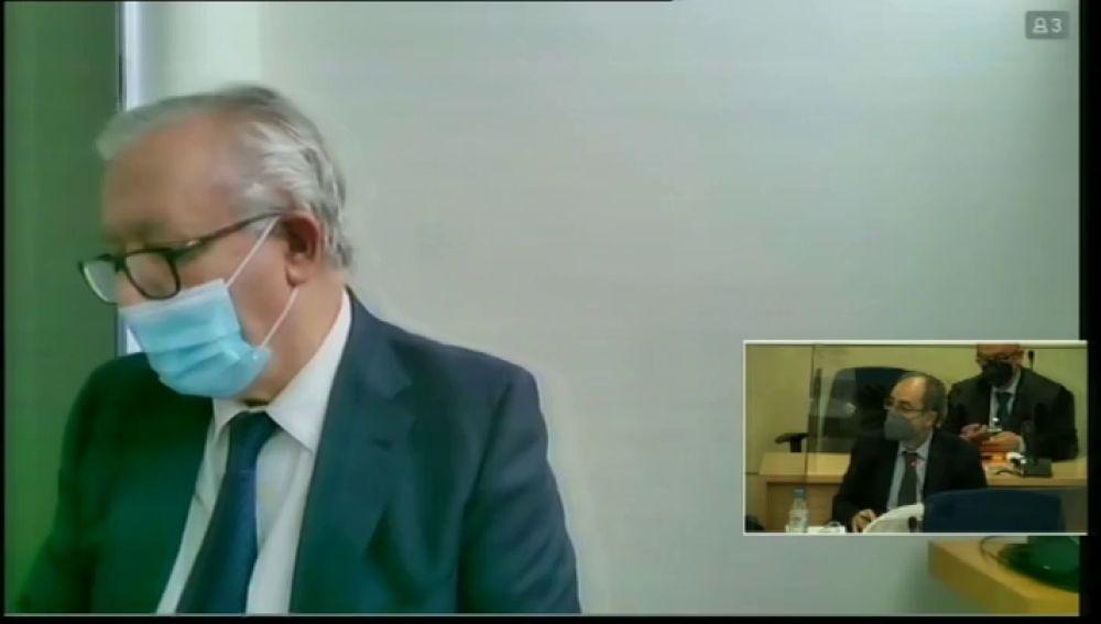 """Javier Arenas se desvincula de los papeles de Bárcenas en el juicio de la 'caja B': """"Desconozco si hay otro Javier Arenas en el PP"""""""