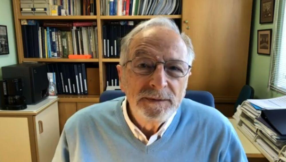 """El virólogo del CSIC Luis Enjuanes asegura que """"la previsión"""" sobre la vacuna española es que evite la transmisión del virus"""